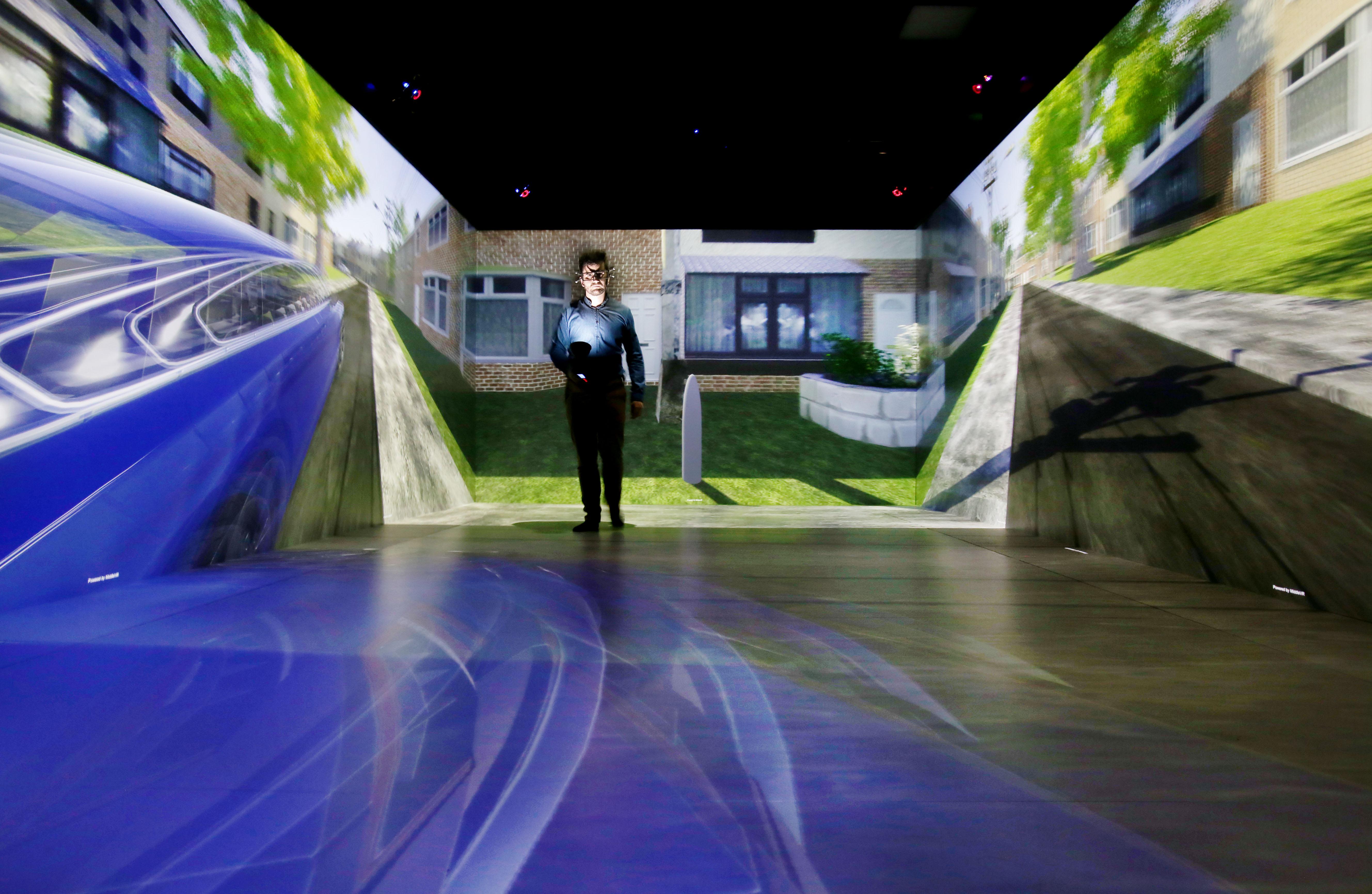 The HIKER pedestrian VR CAVE