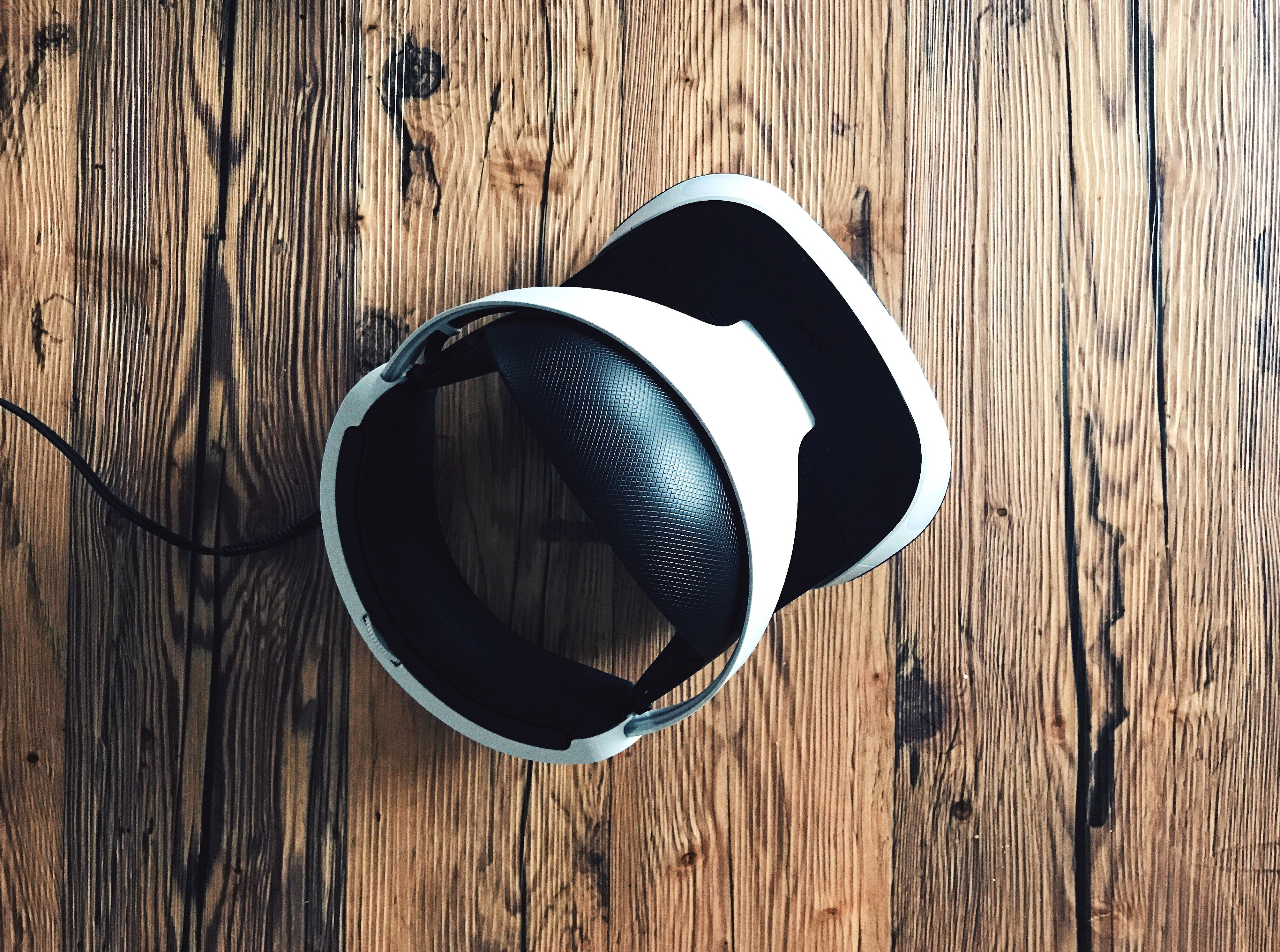 Post-pandemic Outlook for the Virtual Reality Industry
