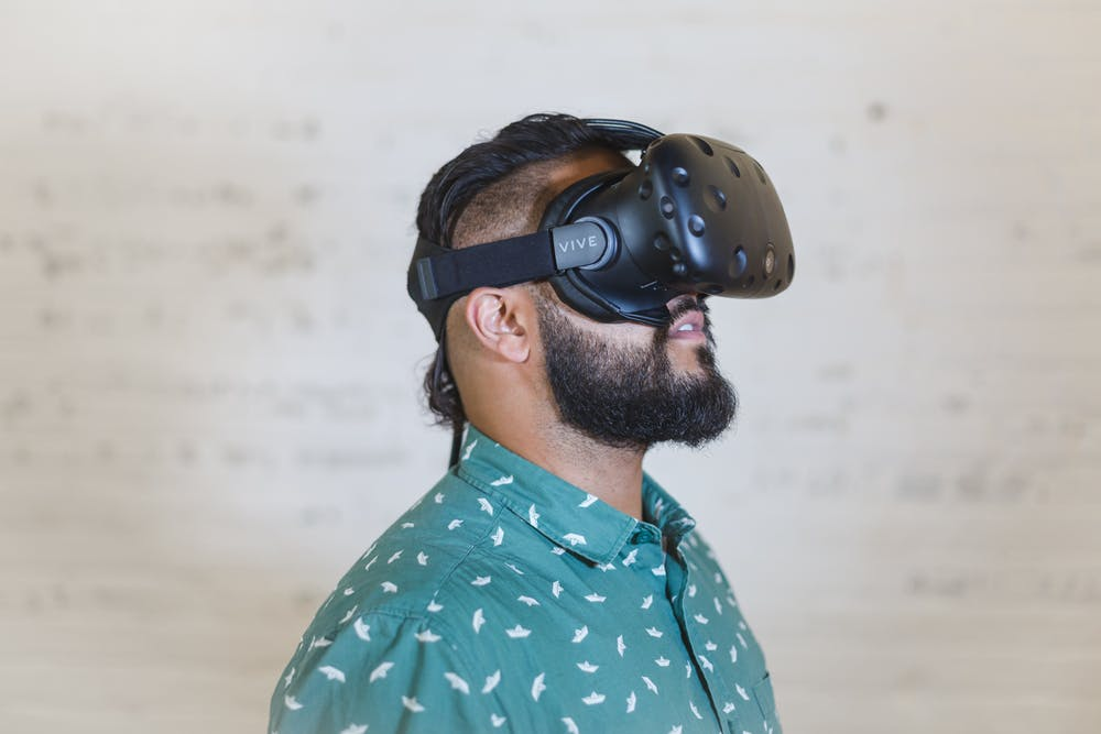The Top 10 VR and AR Technology Trends to Try in 2020