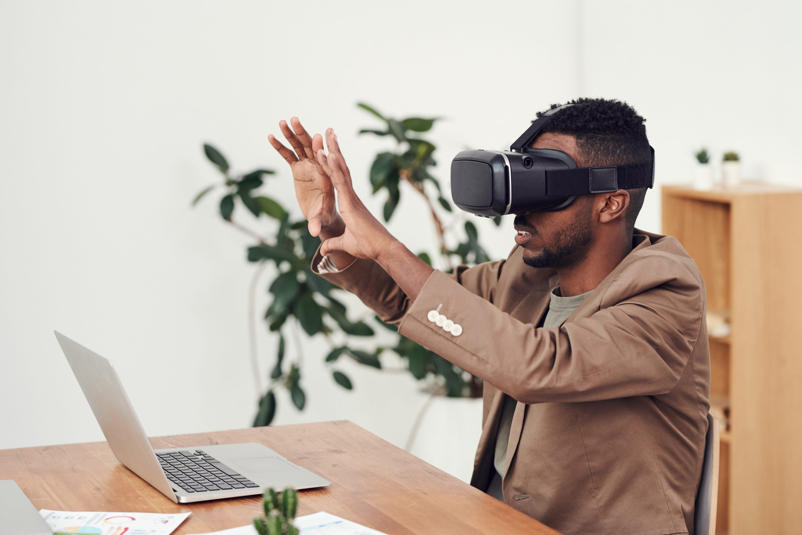 Virtual Reality – A Design Tool for AEC